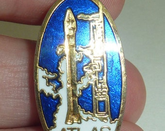 NASA ATLAS Space Shuttle Launch Pad Mission Rocket Astronaut Astronomy Space Pin Brooch