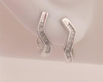 0.25 Carat T.W. Ladies Baguette Cut Diamond Earrings14K