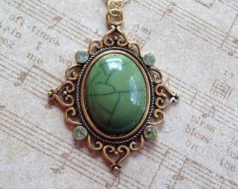 Green Antique Look Pendant, Antique Pendant, Necklace, For Her, Gift Ideas, Women's Jewelry, Vintage Look