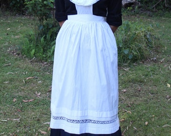 Victorian maid apron in white cotton with frills, lace and pinticks