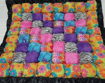 Vibrant Super Puffy Bubble Biscuit Quilt Playmat for babies and toddlers!