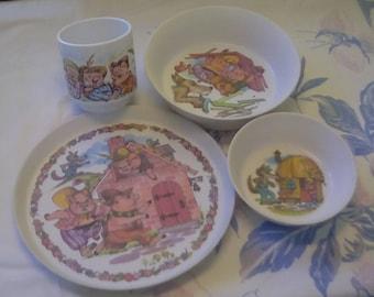 Three Little Pigs Oneida Children's Place Setting