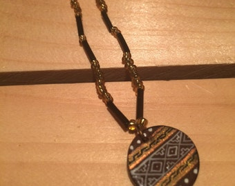 Tribal Print Beaded Necklace - FREE U.S. SHIPPING