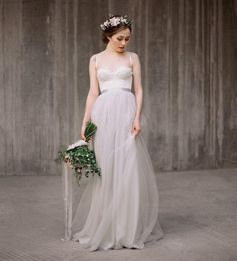 Grey Gowns Wedding: Boho Wedding Dress Icidora Grey Lace Wedding