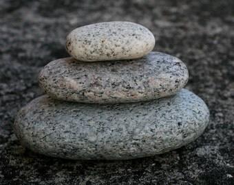 Zen Balance - Beach Stone Sculpture - Meditaion Altar - Relaxation Gift - Big Pebbles