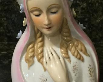 Beautiful Praying Madonna Headvase planter   Religious Decor  Home Alter