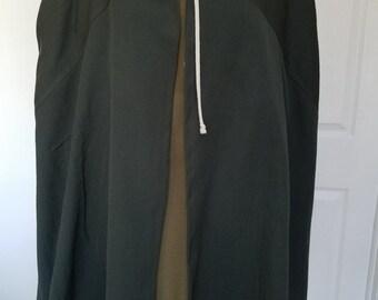 Dark Green Renaissance Traveller's Cloak