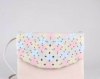 ANDREA PFISTER 1980s Vintage Shoulder Bag Clutch Pale Pink Kid Leather Appliquéd Blossoms
