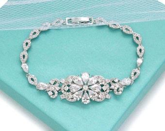 Dainty bridal bracelet, Wedding jewelry, Swarovski bracelet, Cubic zirconia bracelet, Bridesmaid bracelet, Crystal bridal jewelry 0182