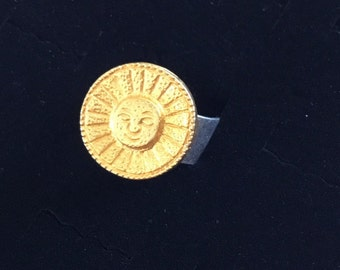 Vintage Designer Button Sunshine Ring on an adjustable wide band  CR19