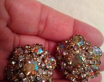 Vintage rhinestone earrings clip on