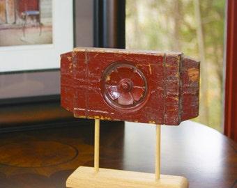 Antique Bullseye - Maroon Rectangle B