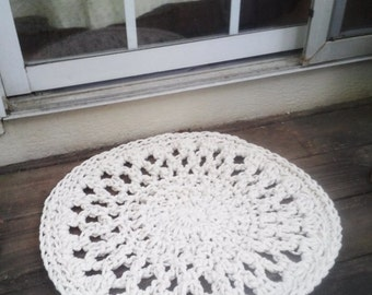 """Doormat Off White Crochet Round  22"""" READY to SHIP"""