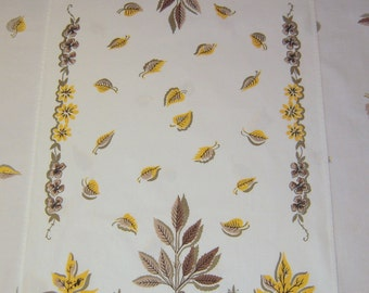 Vintage Towel or Runner Mid Century Fall Leaves