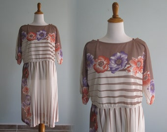 LAST CHANCE CLEARANCE Vintage Plus Size Floral Sheer Dress - Pretty 80s Dress in Peach, Beige, and Periwinkle - Vintage 1980s Dress xl xxl