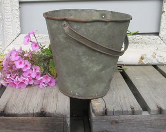 Vintage metal galvanized small bucket with handle