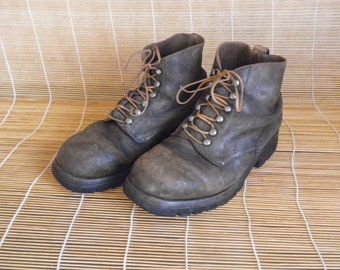 Vintage 1954's  Black Brown Leather Lace Up Swiss Army Lace Up Boots Size: EUR 40 / US 7