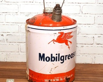 Mobil Grease Gas Can 5 Gallon Pegasus Socony Metal Motor Oil Gas Can