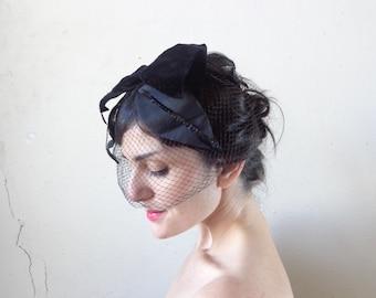 black leaves veil/ vintage 50s whimsey// one size
