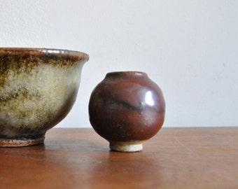 Eileen Hazell Studio Pottery Miniature Weed Pot