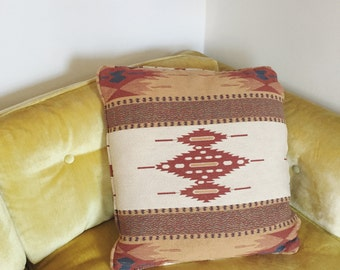 Vintage Southestern Throw Pillow . Bohemian Pillow . Bedroom .