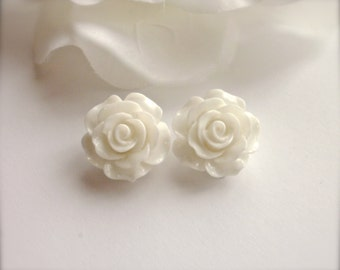 White Rose Clip On Earrings, Large Rose Earrings, Flower Earrings, White Flower Clip Earrings, Wedding, Bridesmaid Jewelry, Gift for Her