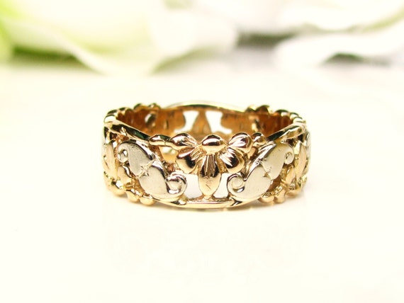 Vintage Heart Filigree Wide Wedding Band By