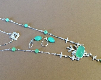 Sterling Silver And Chrysoprase Necklace And Earrings