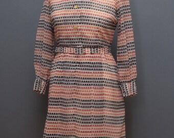 70s Dress with U-Check Pattern // Vintage 1970s Day Dress