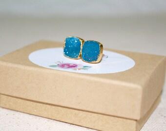 Blue Druzy Earrings, Blue Druzy Stud Earrings, Geode Gold Stud Earrings, Blue Earrings, Gift For mom, Blue Gemstone Stud Earrings