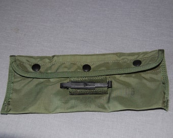 Vintage M-16A1 USGI Cleaning Kit Pouch 06