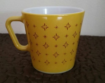SaLe - Vintage Pyrex Mustard Yellow Foulard 1410 Coffee Cup Mug - Atomic Starburst - HTF - MCM - USA