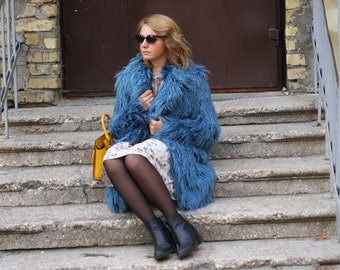 Blue faux fur coat with collar / Riverside blue fake fur jacket / Ethical jacket / Alpaca llama fur coat/ fluffy coat / Xmas gift for her