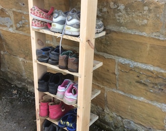 Rustic Shoe Ladder made from reclaimed pallet wood.
