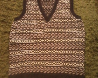 Mens Hand made ,1940s style lambswool v neck fairisle tank top