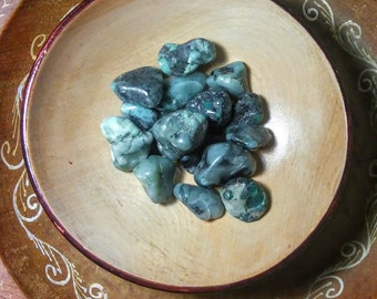 EMERALD, TUMBLED STONE, Manisfestation, Healing, Crystals, Heart Chakra, Sm/Med
