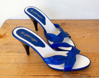 70s 80s blue leaves leather sandal pumps disco mid heels vintage size 9.5 40 / 41 Paragini peep toe