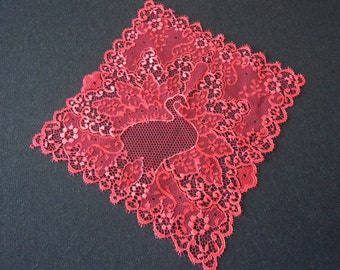 French vintage stunning Dentelle De Calais red lace handkerchief  (03306)