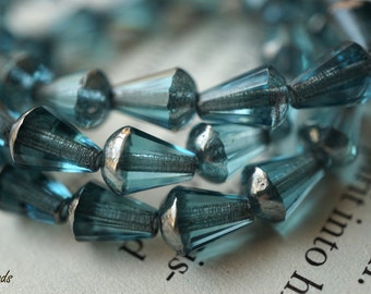 Aqua Blue, Teardrop Beads, Czech Beads, N1820