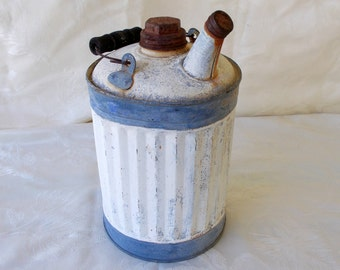 Vintage 1 Gallon Kerosene Can With Wire Bail Handle