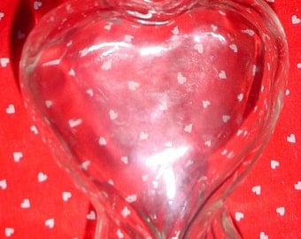 Vintage Glass Heart Bud Vase Small; Heart Shaped Glass Vase; Mother's Day Gift; Wedding Decor; Corazon Love