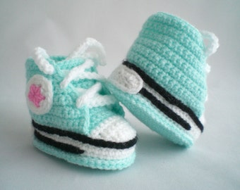 Crochet Baby Shoes / Crochet Trainer Style Baby Shoes / Baby Shoes / Crochet Baby Slippers / Crochet Baby Trainers / Crochet Baby Booties