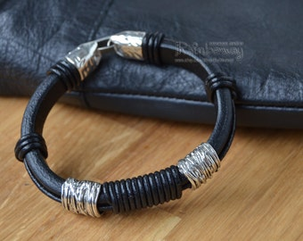 Men's regaliz bracelet Black leather and metal bracelet Licorice leather cord bracelet with beads Beaded regaliz bracelet
