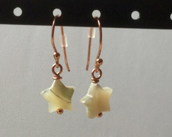 Shell star earrings