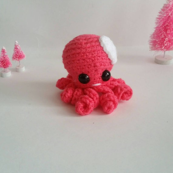 Mini Amigurumi Octopus : Mini Amigurumi Octopus Kawaii Crochet by FairylandAmigurumi