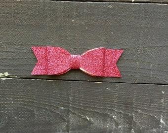 Dark pink glitter bow