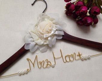 Ships in Today,Elegant Personalized Bridal Wedding Hanger,Bride Hanger,Custom Flowers and Pearls Wedding Hanger,Name hanger,Bridesmaid gifts