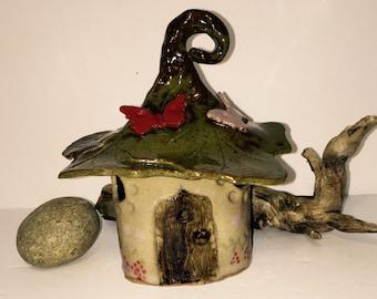 Woodland Fairy Garden House Stoneware Toad House