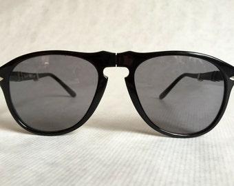Persol Ratti 806 / 52F Folding Vintage Sunglasses with Neophan Lenses including Tag & Case
