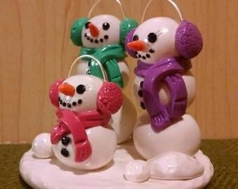 Family of 3 Snowman Figurine.